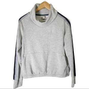 Athleta Girls XL 14 Sweatshirt T-shirt Pullover
